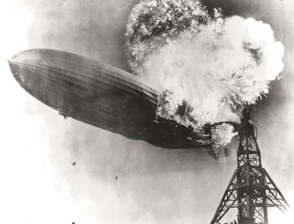 1280px-hindenburg_burning